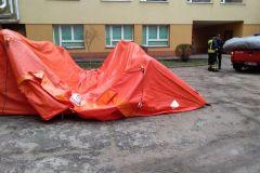 #37 20.03.2020r. Wejherowo ul. Jagalskiego - zmiana miejsca ustawienia namiotów pneumatycznych