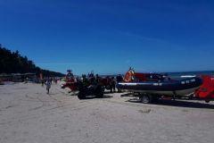 #84 01.08.2020r. Lubiatowo plaża wejście nr 44 - mężczyzna bez czynności życiowych wyciągnięty z morza