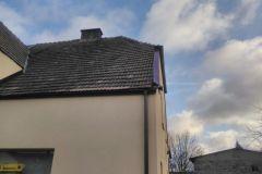 #93 18.12.2019r. Choczewo ul. Pierwszych Osadników 4B - luźne opierzenie na dachu